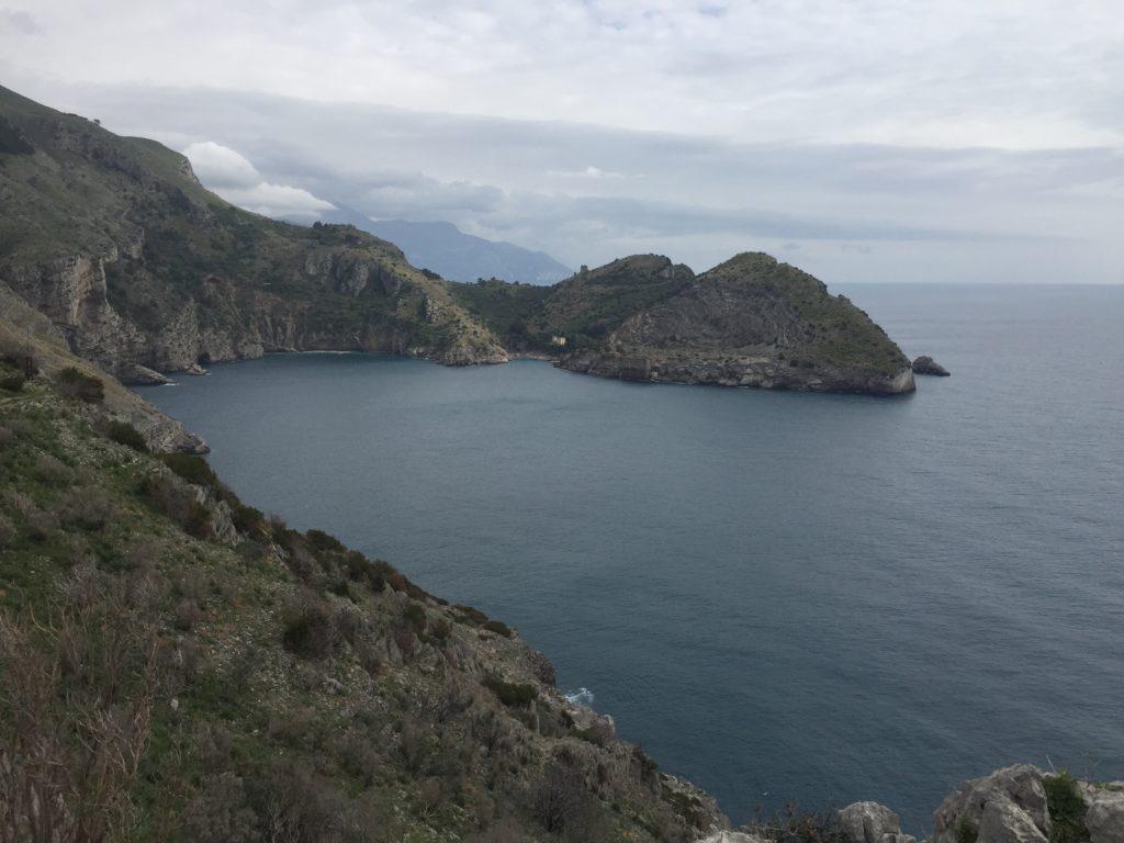 Wandern auf dem alten Pilgerweg zur Punta della Campanella