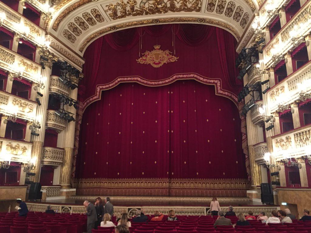 Teatro San Carlo, Italiens ältestes Opernhaus