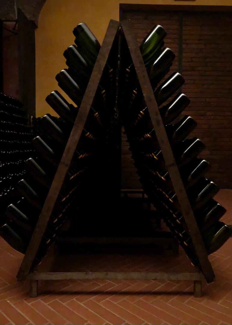 Von Dante zum Ort der Steine. Die Kellereien Bredasole und Cornaleto in Franciacorta