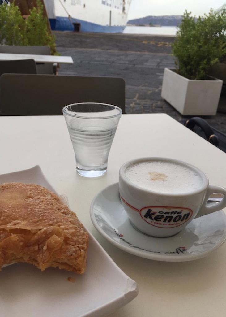 Lingua di Procida und Cappuccino
