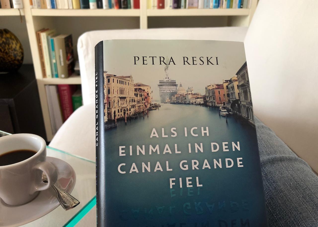 Buchtipp von Ulrike Schmid: Als ich einmal in den Canal Grande fiel
