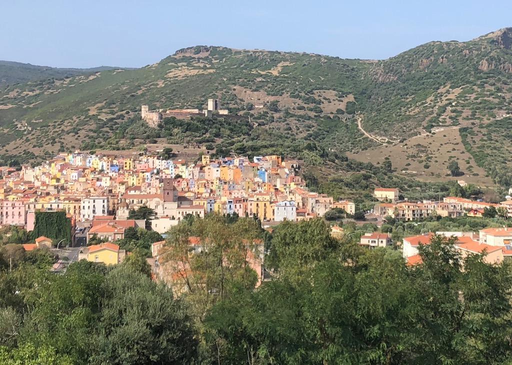 Urlaub in Bosa auf Sardinien ist wie Heimkommen