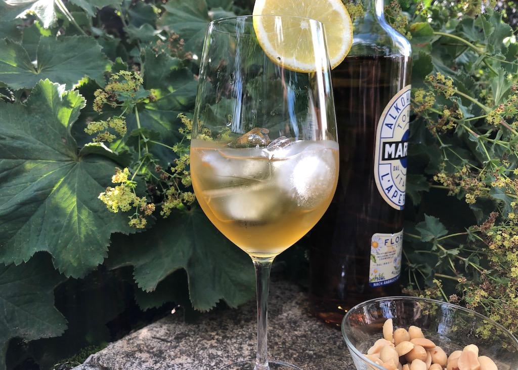 Aperitifs ohne Umdrehungen Martini Floreale
