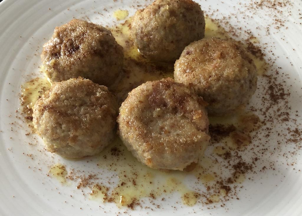 Zwetschgenknödel in Triest als gnocchi di susine bekannt